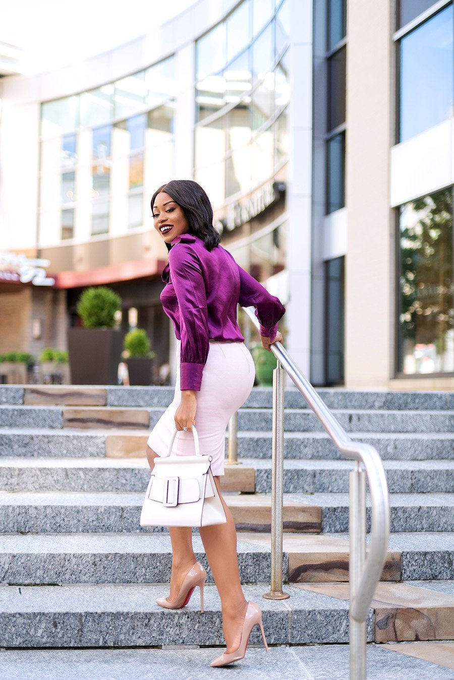 Fashion-blogger-Stella-Eneanya-Adewunmi-of-Jadore-Fashion-shares-her-fall-work-style