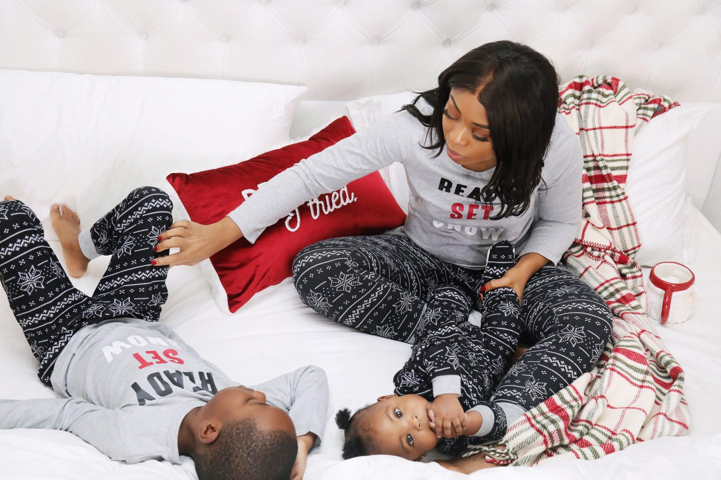 Stella-adewunmi-of-jadore-fashion-and-matching-macys-holiday-pj