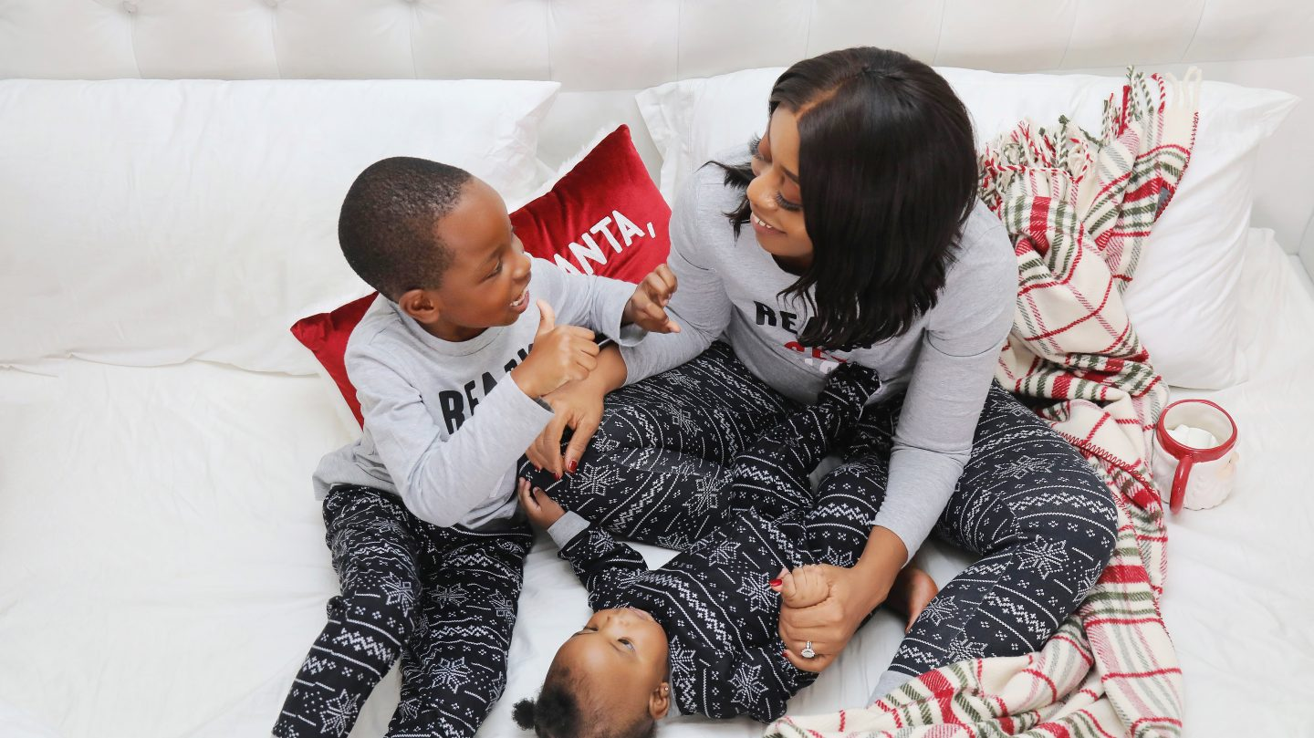 Stella-adewunmi-of-jadore-fashion-shares-family-christmas-pajamas-macys