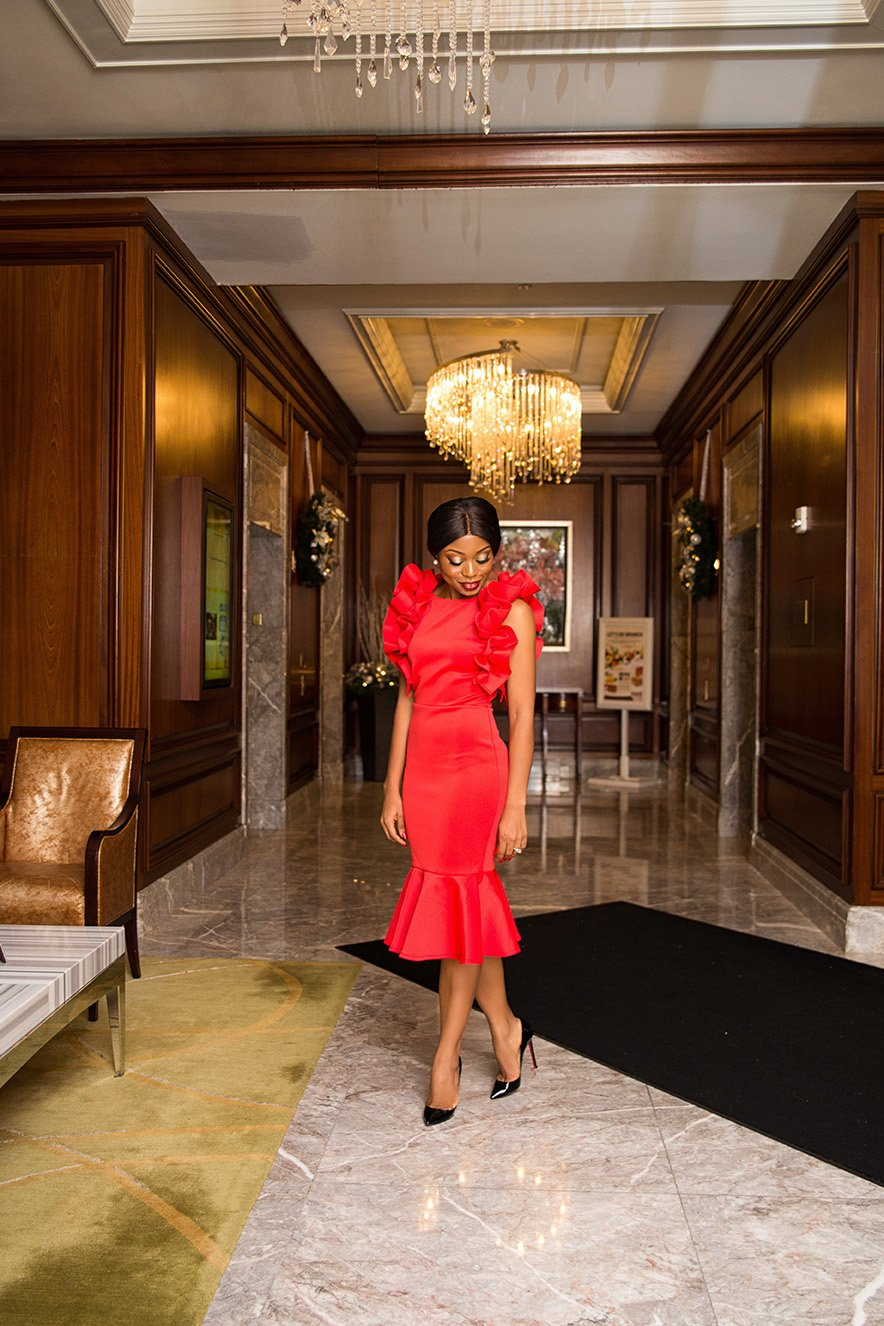 stella-adewunmi-shares-perfect-red-dress-for-holiday-occasion