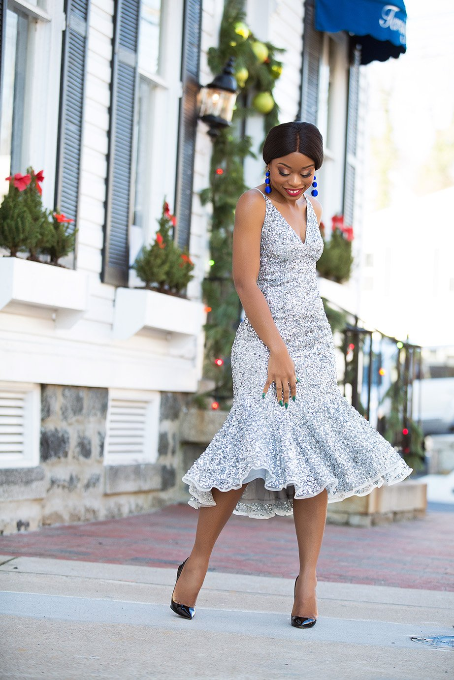stella-adewunmi-in-sequins-dress-for-holiday-party