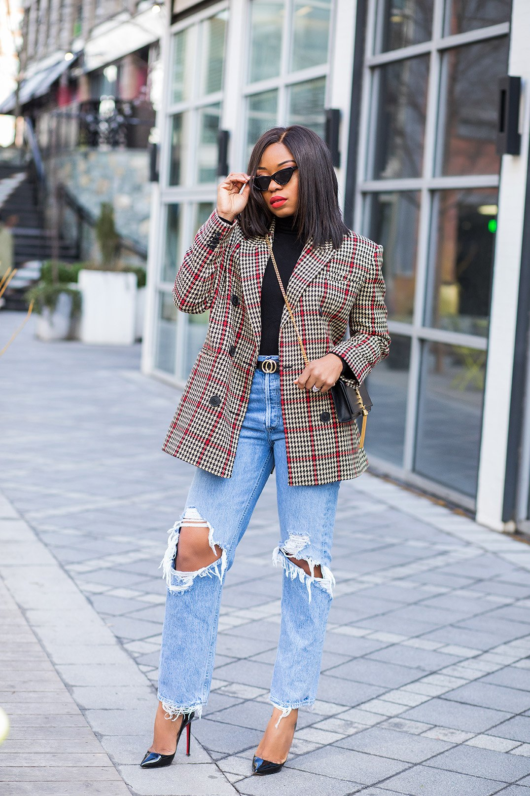 stella-adewunmi-shares-casual-outfit-in-jeans-and-check-blazer