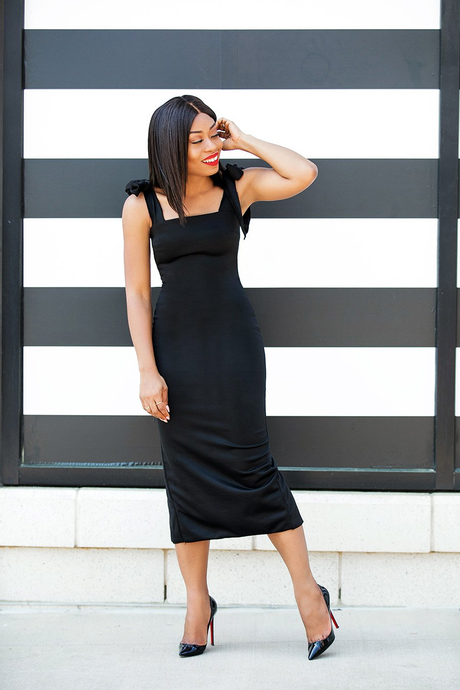stella-adewunmi-of-jadore-fashion-how-to-wear-black-dresses-for-the-holiday