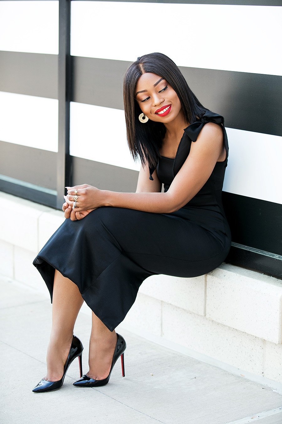 stella-adewunmi-of-jadore-fashion-how-to-wear-black-dress-for-the-holiday-season