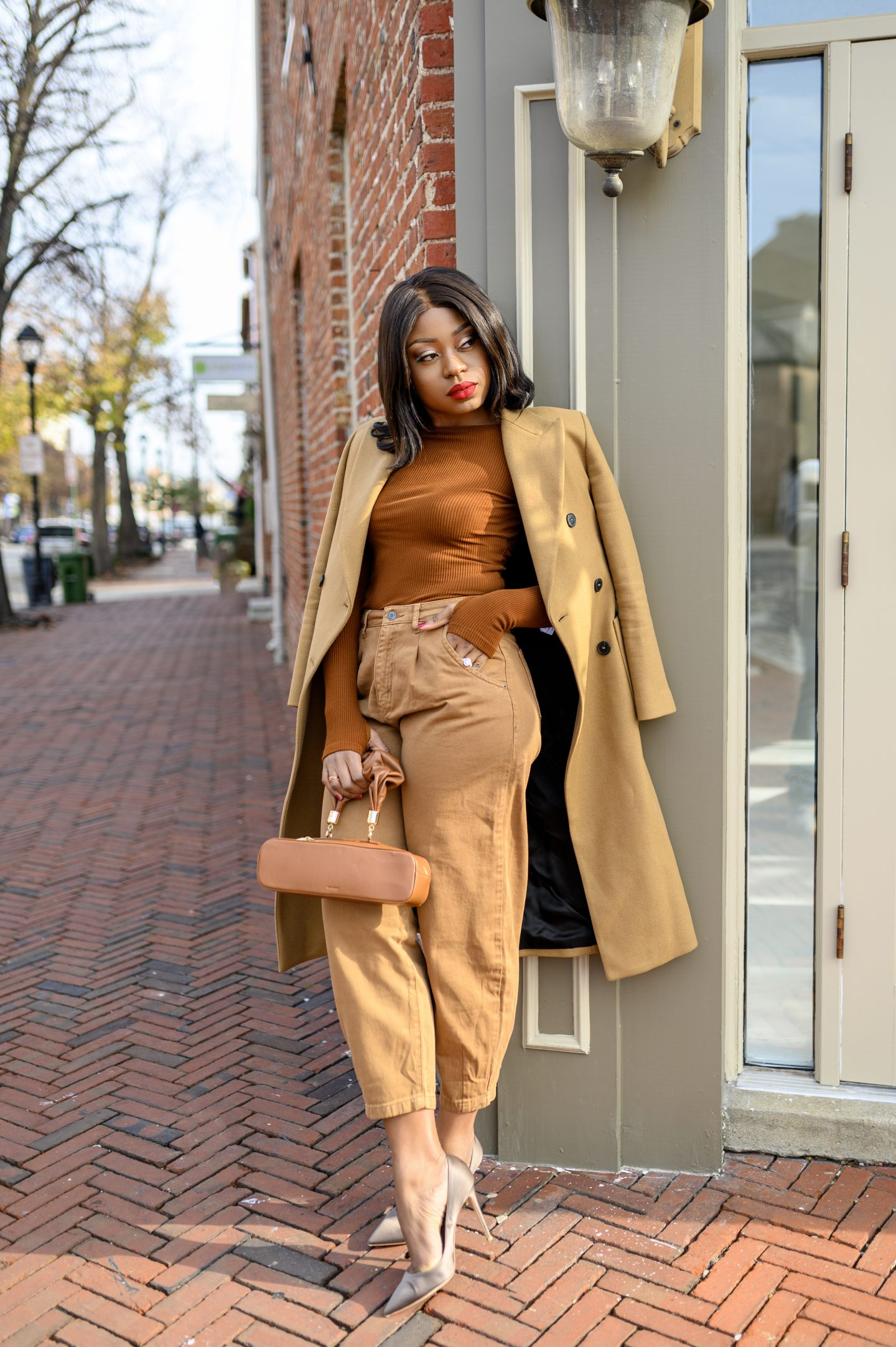 Stella-Adewunmi-of-Jadore-fashion-in-shades-of-browns-fells-point-Baltimore