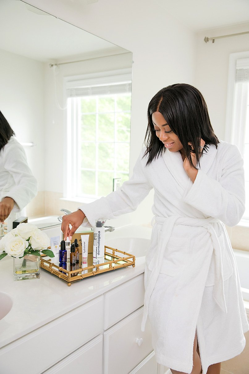 stella-adewunmi-of-jadore-fashion-blog-shares-current-morning-skincare-routine