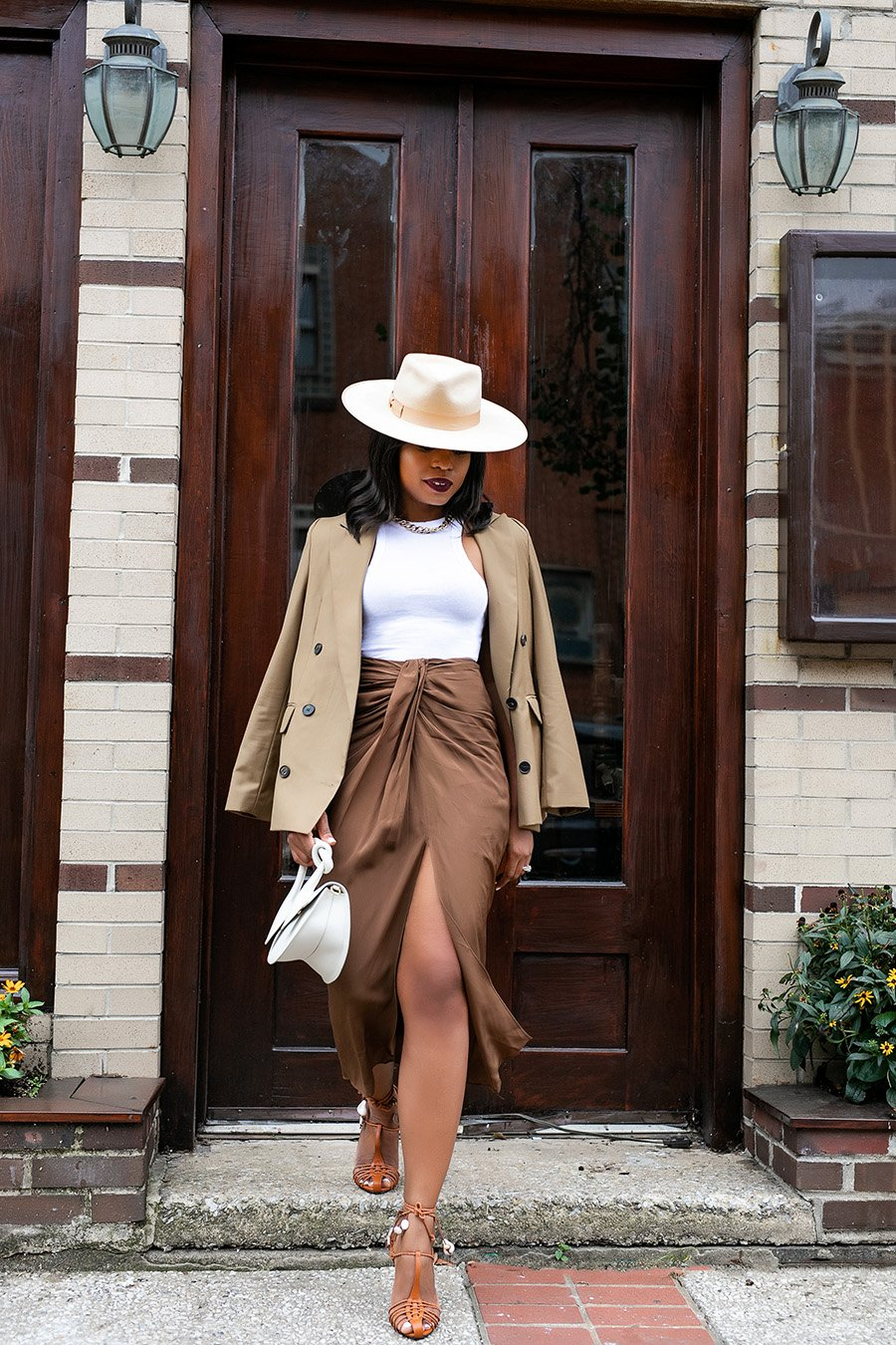 how-to-wear-neutral-outfits