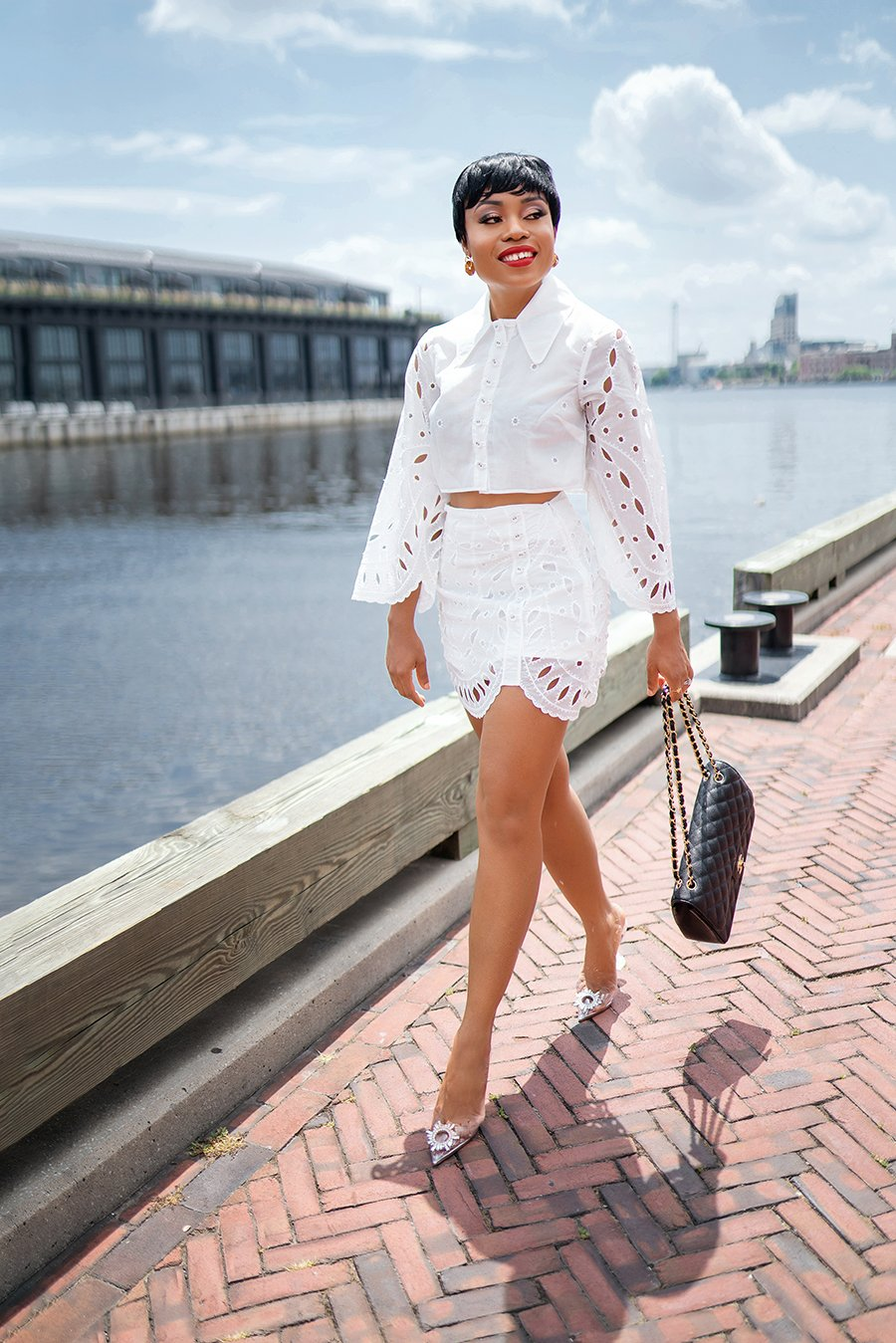 stella-adewunmi-of-jadore-fashion-blog-shares-summer-white-outfit