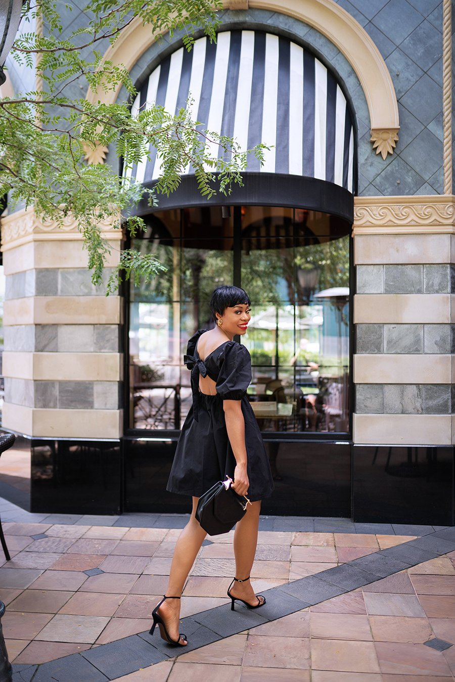 stella-adewunmi-of-jadore-fashion-blog-shares-HMxme-Little-black-dress-perfect-end-of-summer-dress