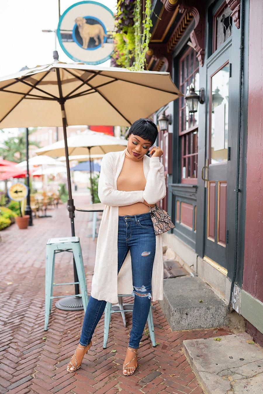 stella-adewunmi-of-jadore-fashion-blog-shares-affordable-fall-cardigan-bodysuit-walmart