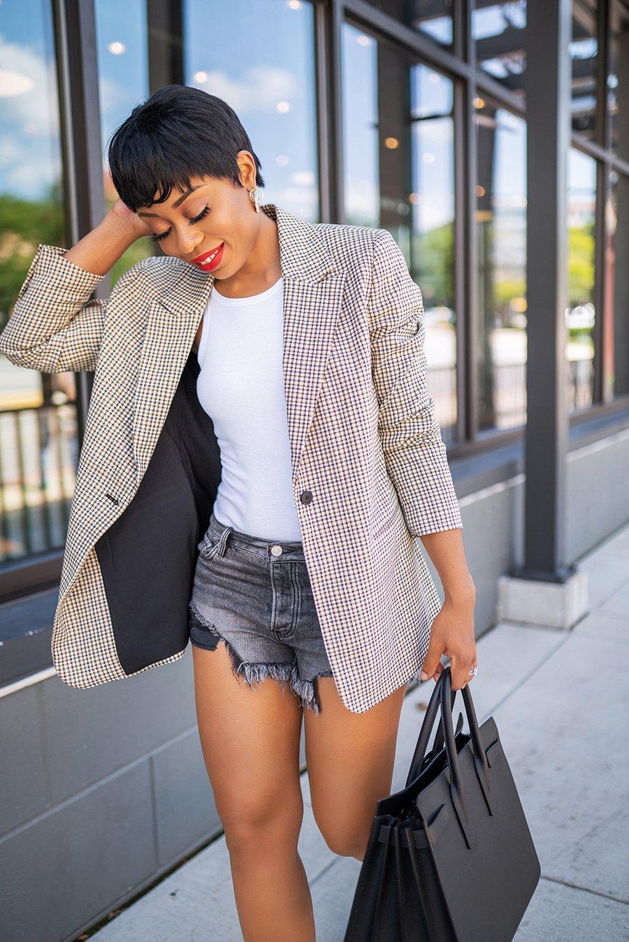 stella-adewunmi-of-jadore-fashion-blog-shares-fall-check-print-blazer-trend