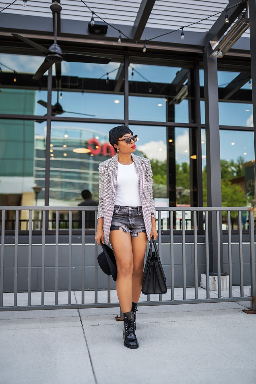 stella-adewunmi-of-jadore-fashion-blog-shares-fall-trends-for-fall-transition