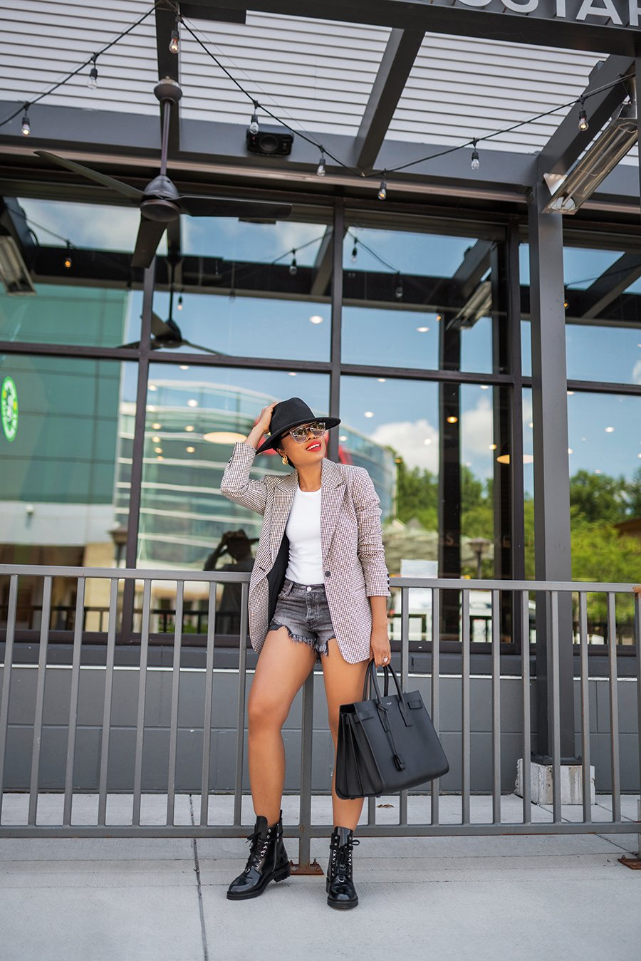 stella-adewunmi-of-jadore-fashion-blog-shares-fall-get-a-head-start-with-these-fall-trends