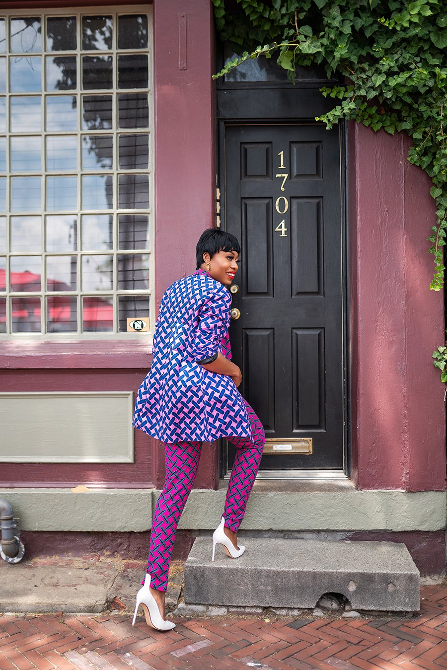 stella-adewunmi-of-jadore-fashion-blog-shares-how-to-wear-mixed-prints-ankara-print-black-owned-business