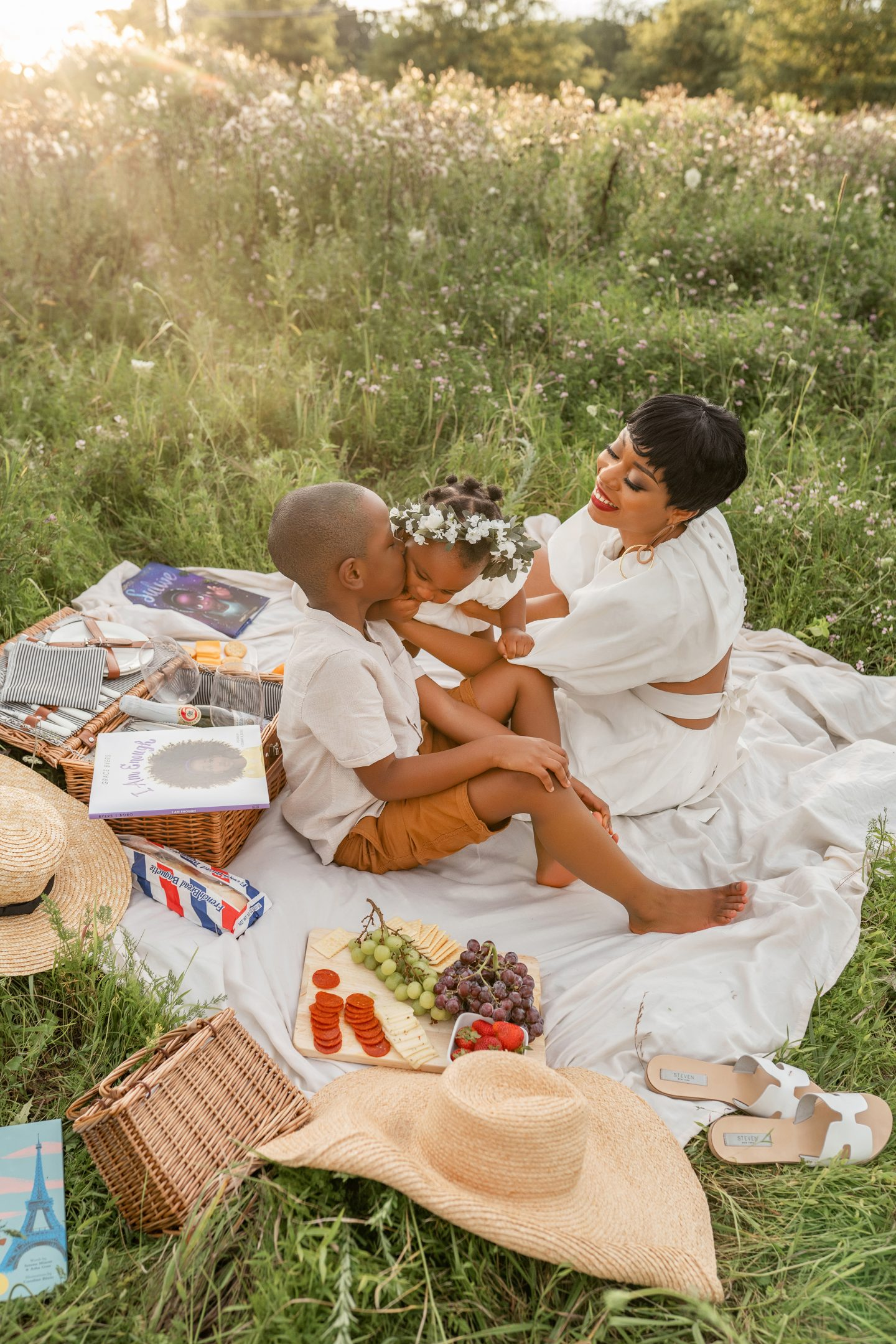 stella-adewunmi-of-jadore-fashion-blog-shares-picnic-special-with-family