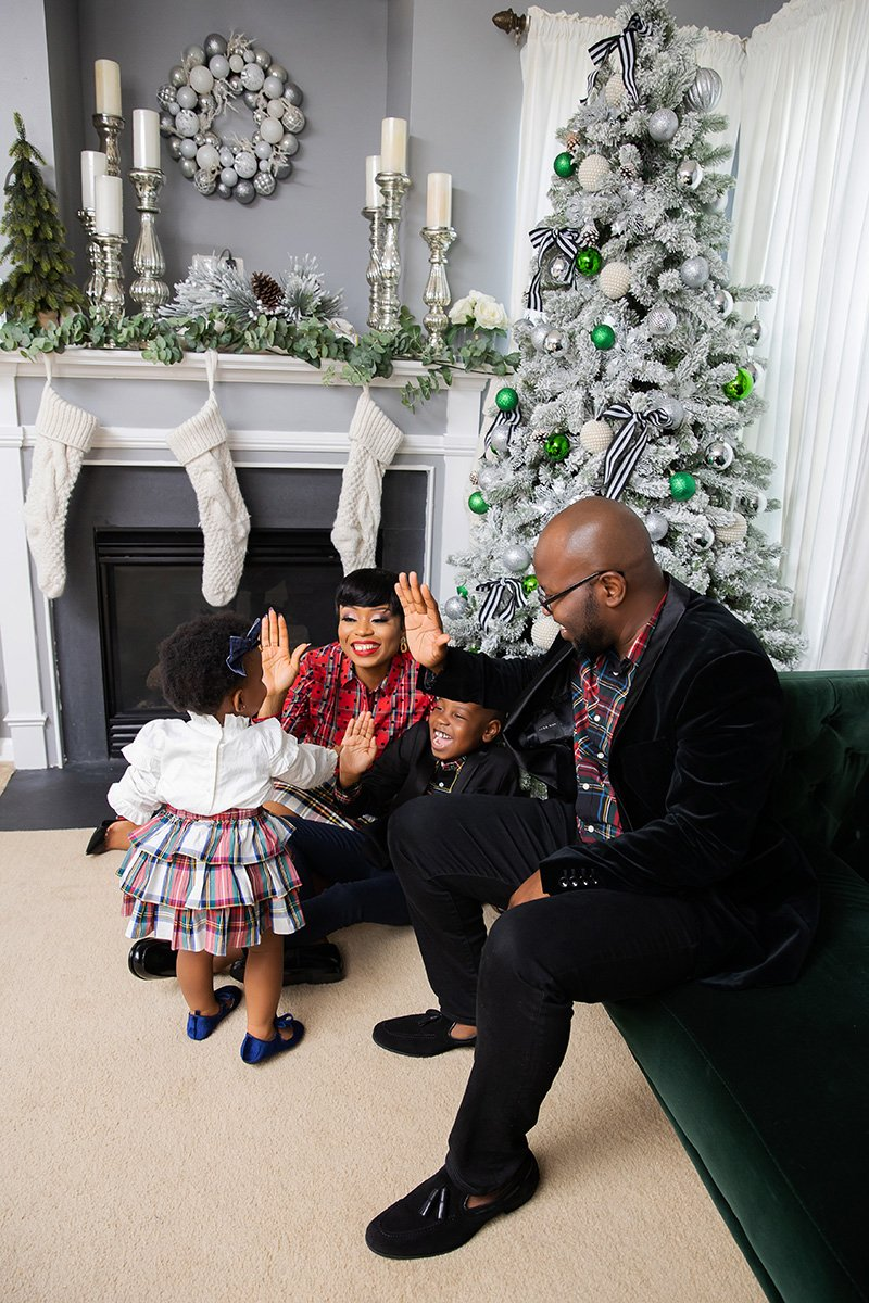 stella-adewunmi-of-jadore-fashion-blog-shares-a-christmas-cheer-from-my-family-to-yours