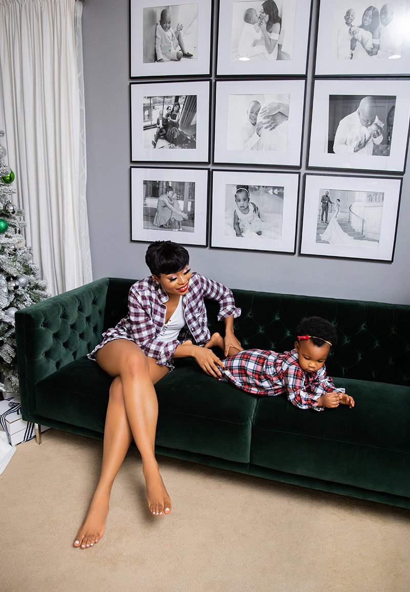 stella-adewunmi-of-jadore-fashion-blog-shares-jcrew-pjs-holiday-family