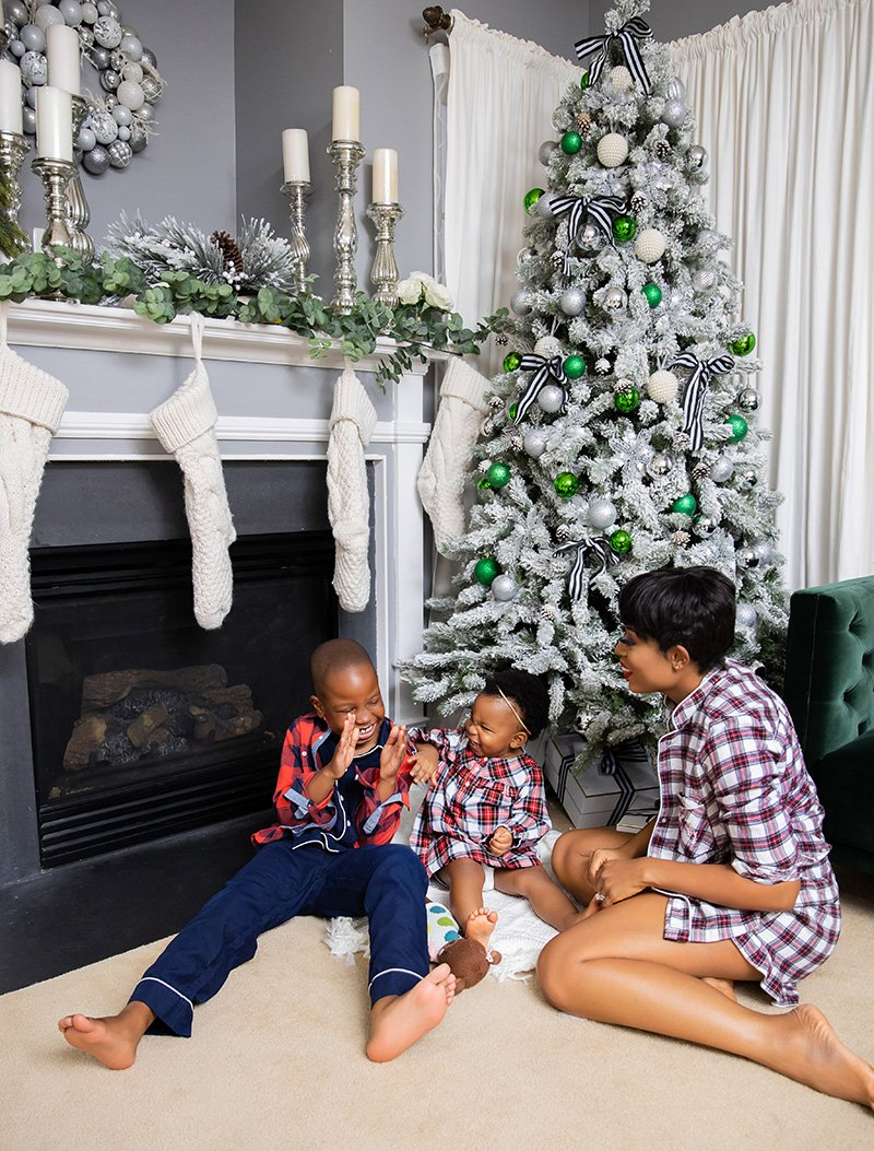 stella-adewunmi-of-jadore-fashion-blog-shares-holiday-family-jcrew-plaid-pajamas