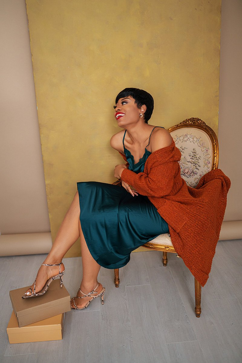 stella-adewunmi-of-jadore-fashion-blog-shares-how-to-style-slip-skirt-for-spring