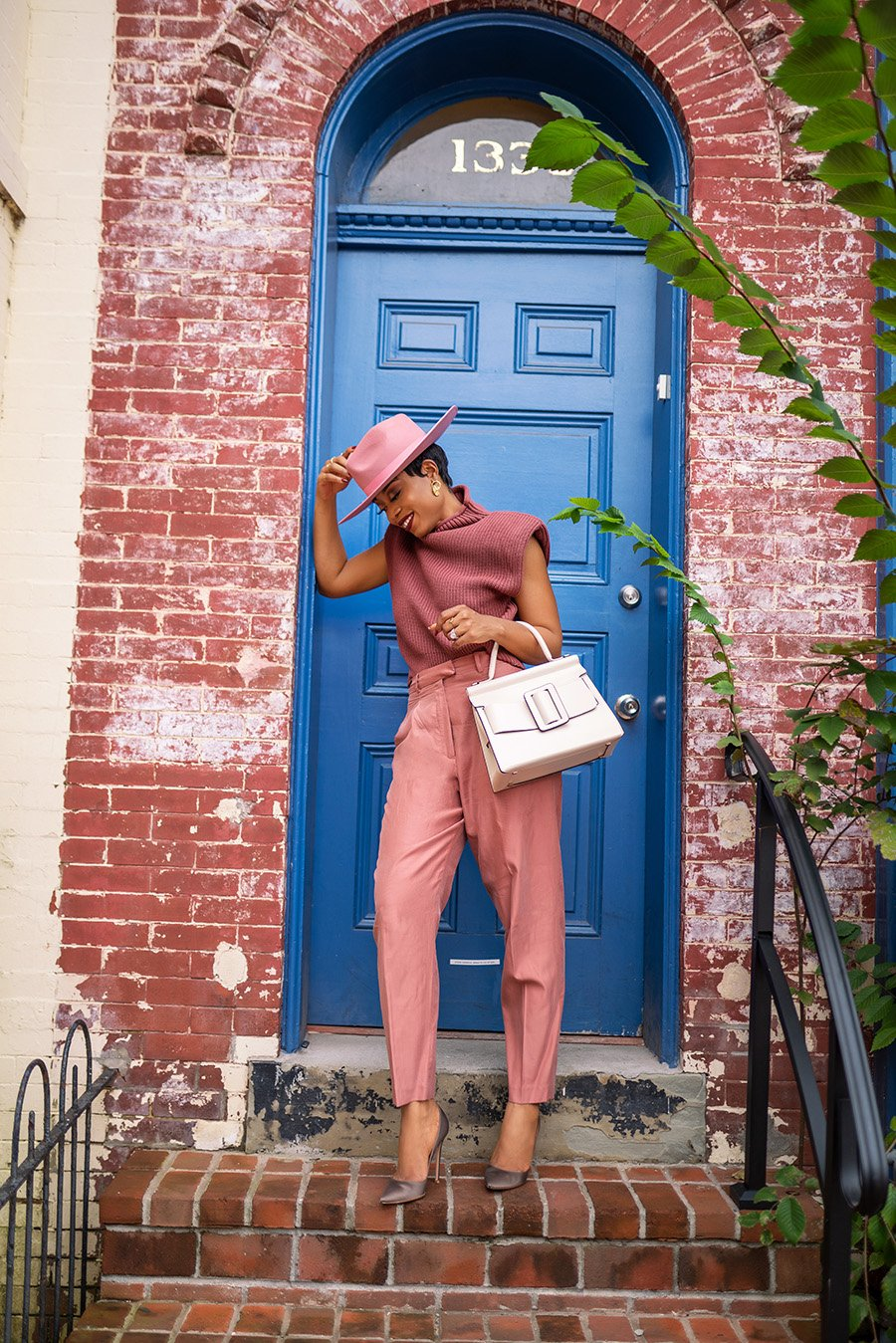 Stella-adewunmi-of-jadore-fashion-blog-share-how-to-wear-pink-this-spring
