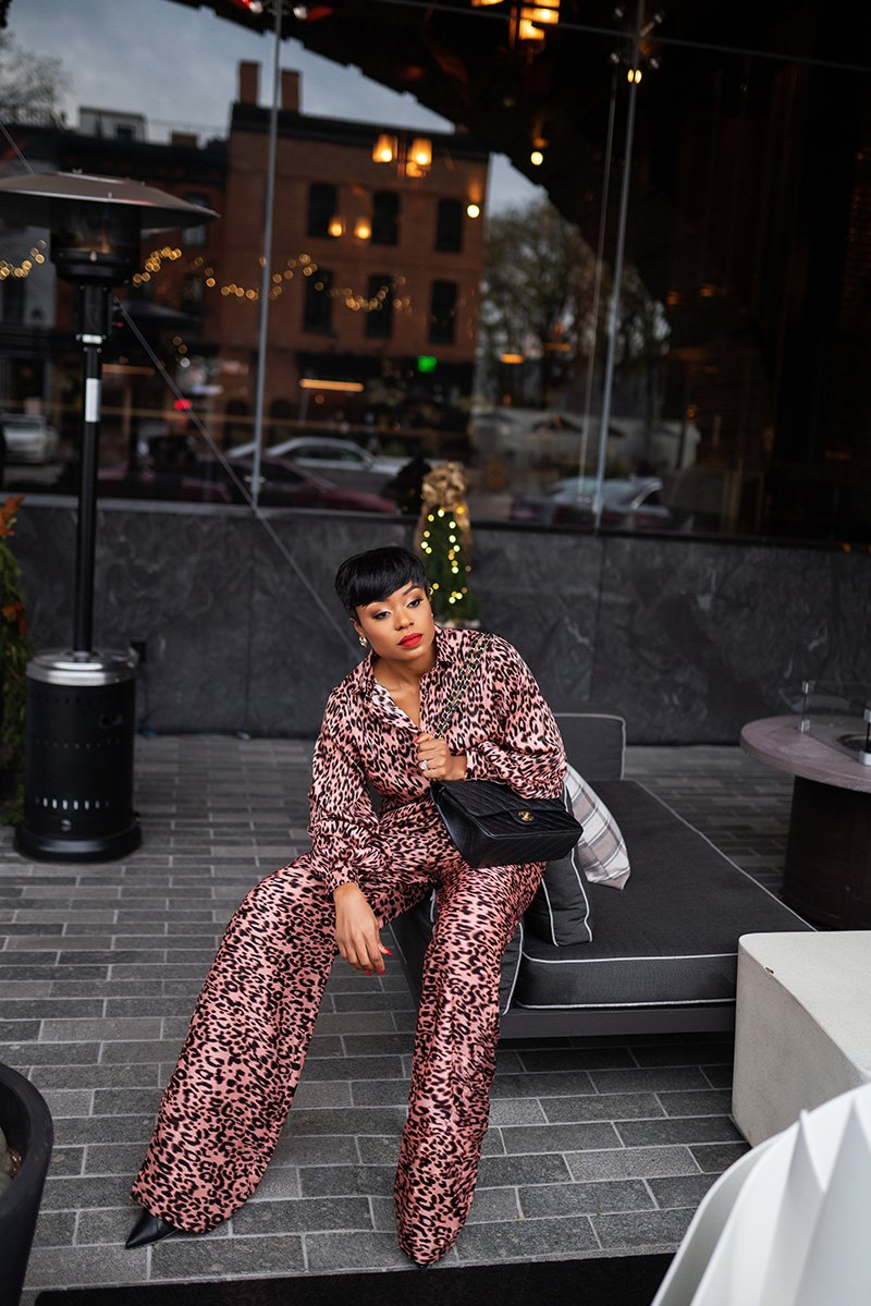 Stella-adewunmi-of-jadore-fashion-blog-share-date-outfit